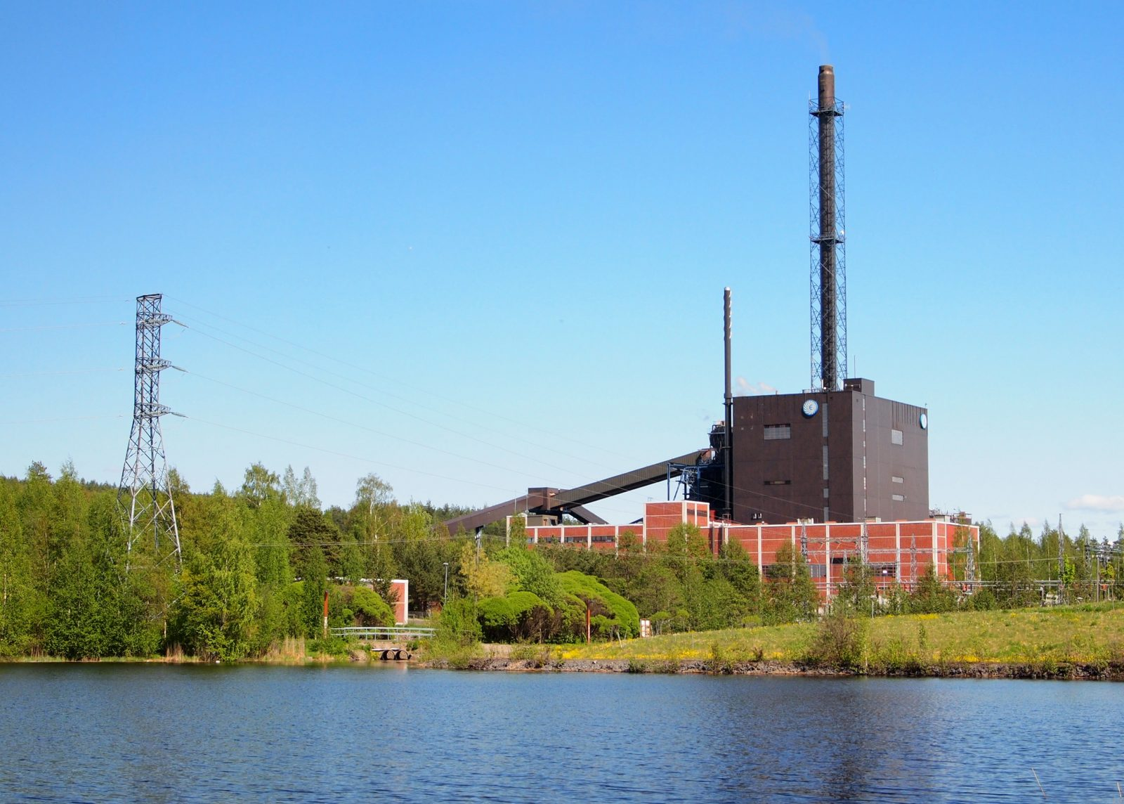 CC-BY-SA Tiia Monto. https://commons.wikimedia.org/wiki/File:Rauhalahti_Power_Plant.jpg